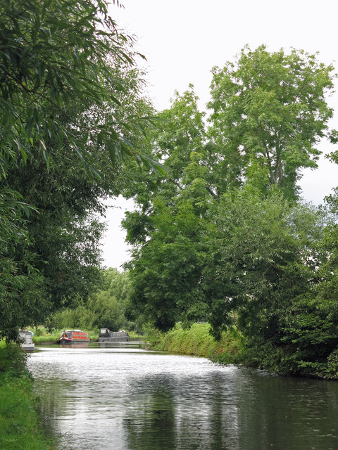The Grand Union Canal by Springwell Farm (2)