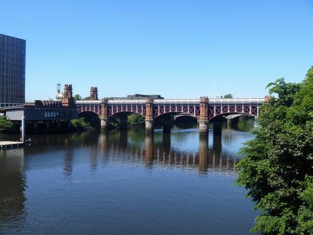 Glasgow bridges [12]