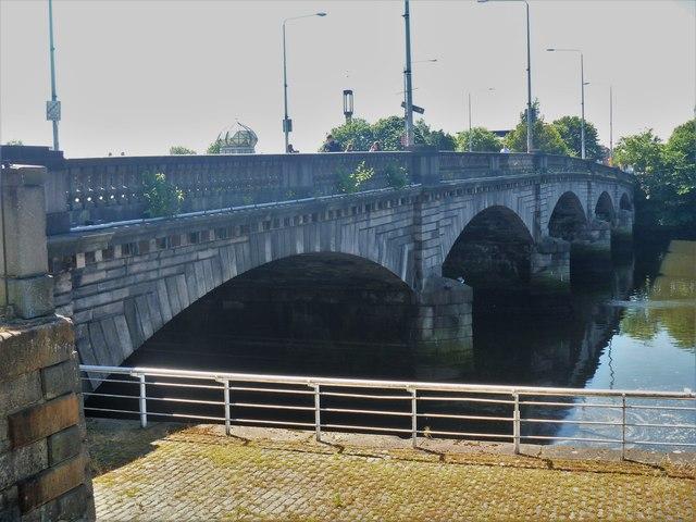 Glasgow bridges [15]