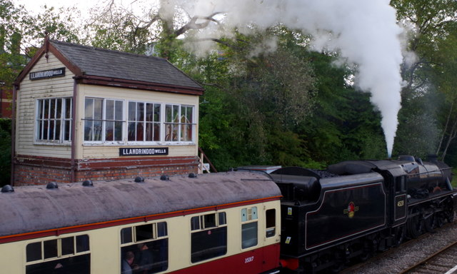 Steam train by the Llandrindod Wells signal box