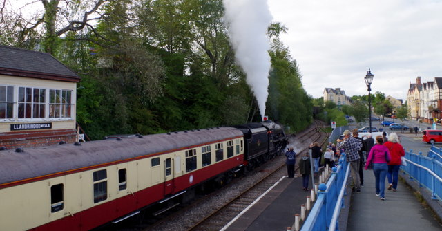 Steam train and southbound view, Llandrindod Wells