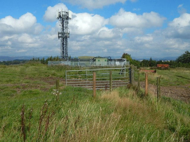 Telecoms mast on Temple Hill