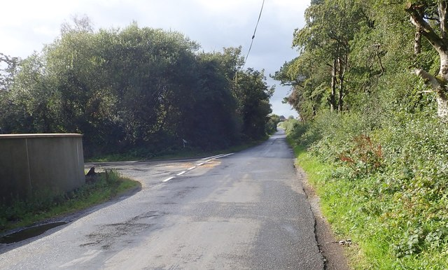 Monog Road at the Alley Road junction