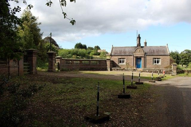 Gate and lodge, Preston Tower