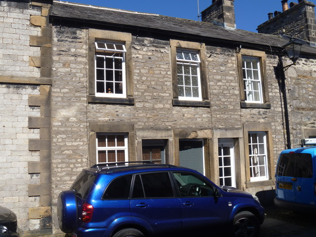 Kirkby Lonsdale houses [1]