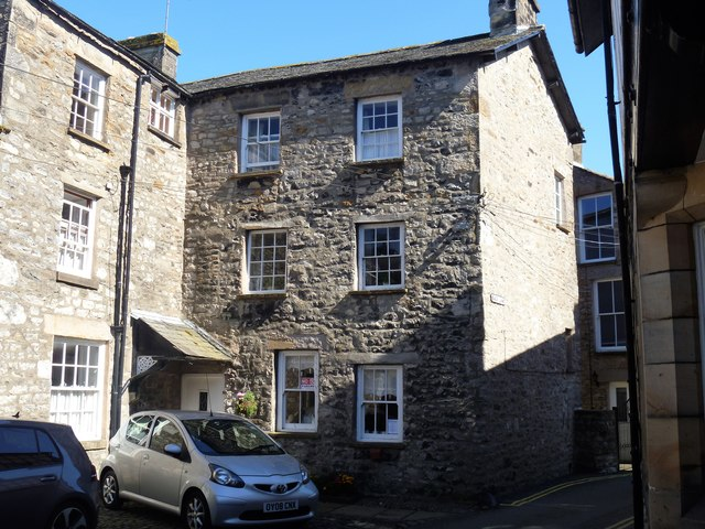 Kirkby Lonsdale houses [3]