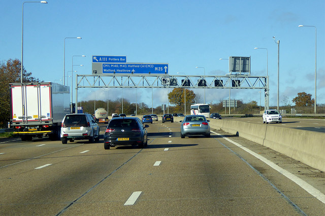 Anticlockwise M25 near Potters Bar