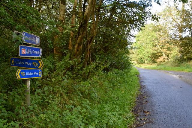 Ulster Way signs, Lislap East