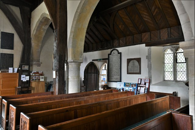 Silchester, St. Mary's Church: Across the nave to the north doorway