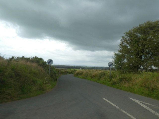 Minor road to Trelash from B3262