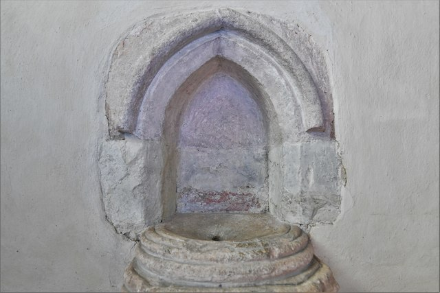 Silchester, St. Mary's Church: Piscina