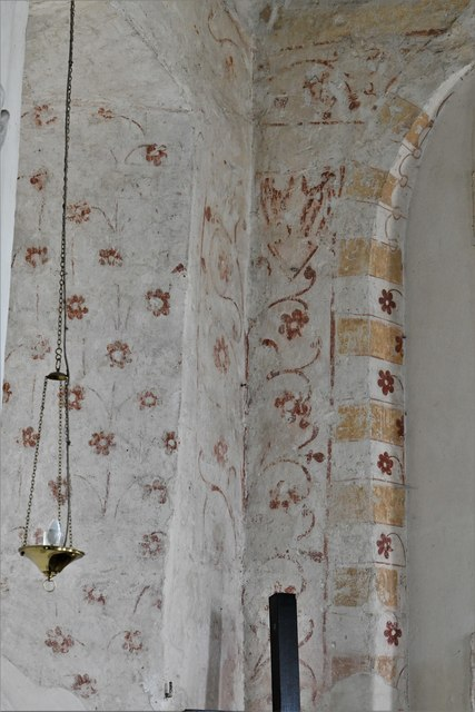 Silchester, St. Mary's Church: Medieval patterned wall painting 1