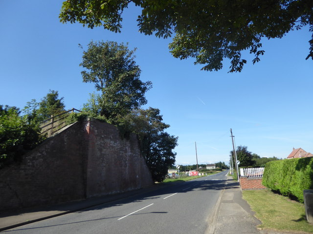 Former railway bridge of the Axholme Joint Railway at Graizelound