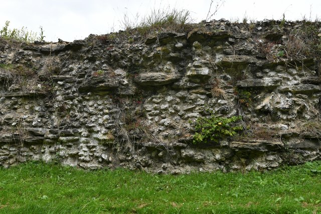 Silchester: Roman town wall