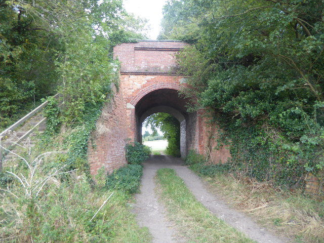 Rocket Lane passing under the former Axholme Joint Railway