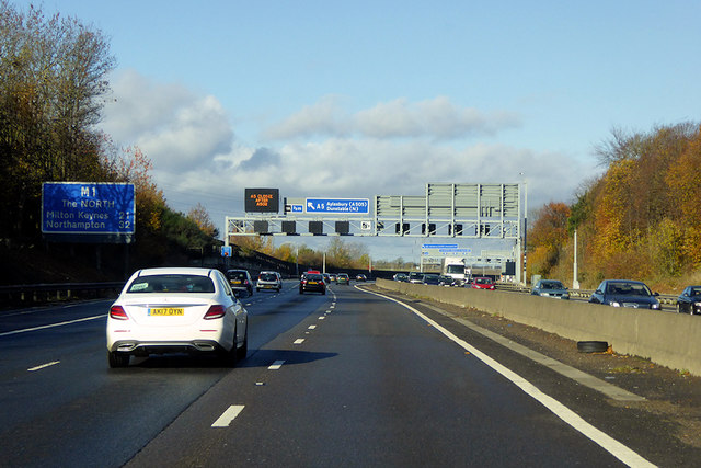 Gantry across the M1 near Luton