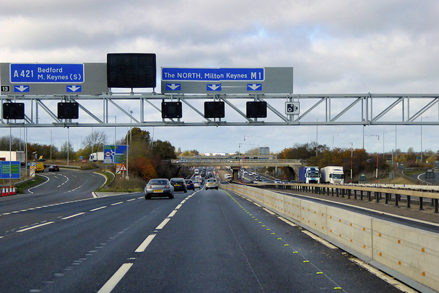 Northbound M1, Exit at Ridgmont Junction