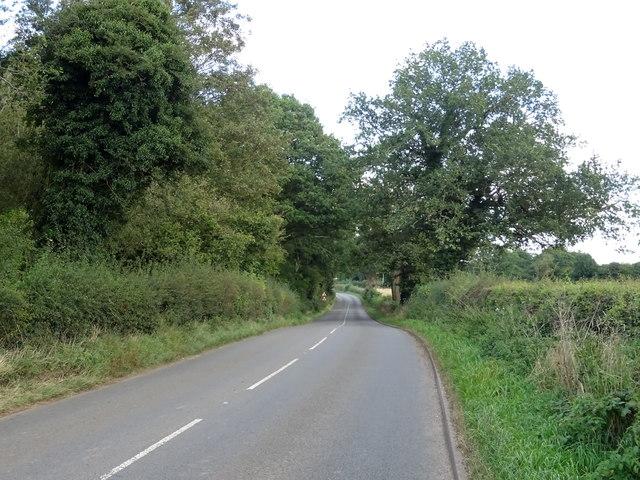 A5013, Walton