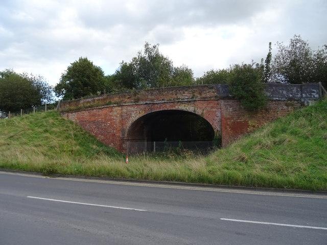 Disused railway bridge beside Doxey Road