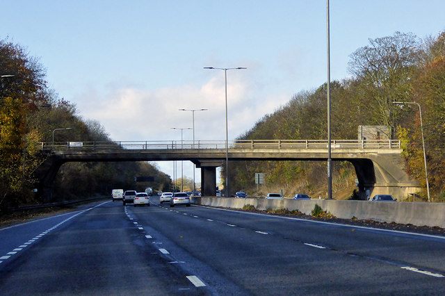 Bridge over the M1 at Rothersthorpe