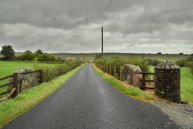 Small bridge and round stone pillar along Rylagh Road