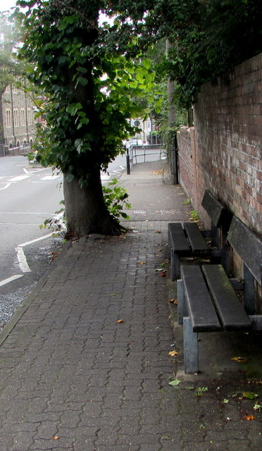 Park Crescent benches, Barry