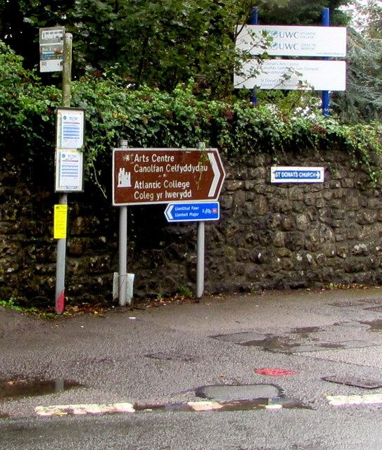 Bus stop and direction signs, Dimlands Road, St Donats