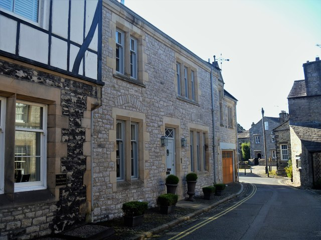 Kirkby Lonsdale houses [37]