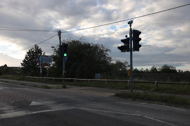 Pedestrian crossing on Main Road, Hanborough