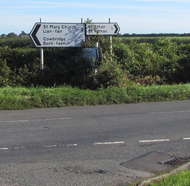 Direction and distances signs, Cowbridge Road, Eglwys Brewis, Vale of Glamorgan