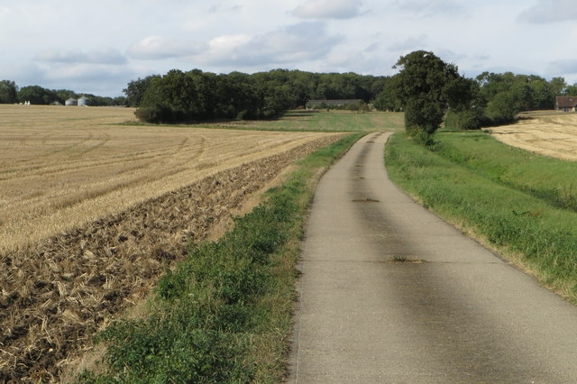 Footpath and track to Winsey Farm