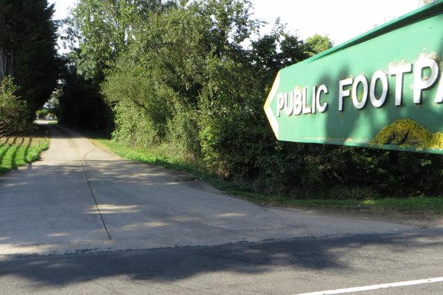 Footpath to Winsey Farm