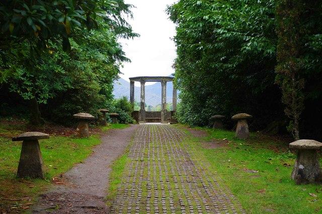 Ilnacullin/Garinish Island, Co. Cork - avenue leading to the Grecian Temple