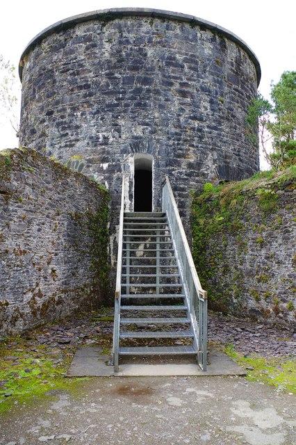 Ilnacullin/Garinish Island, Co. Cork - entrance to the Martello Tower