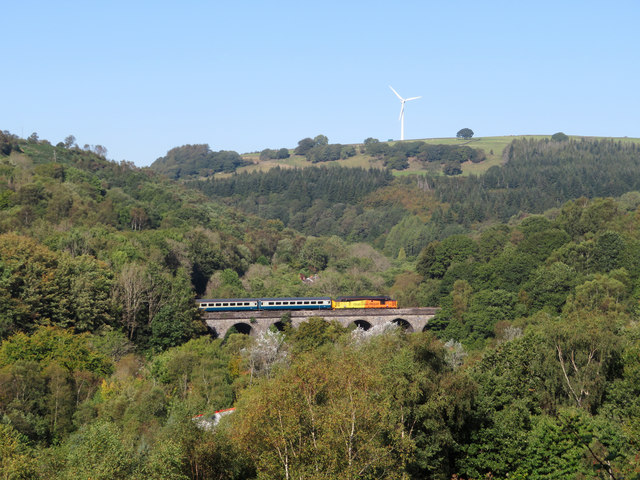 Class 37 on Bargoed Viaduct