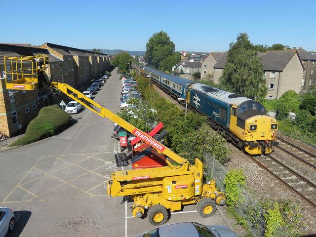 Class 37 in Cardiff
