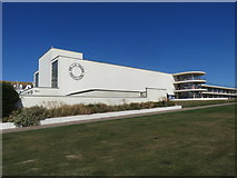 TQ7407 : The De La Warr Pavilion, Bexhill On Sea by Richard Rogerson