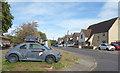 SP6019 : Old Car on the Corner by Des Blenkinsopp