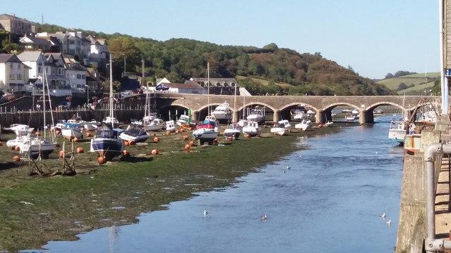 Looe Bridge and River