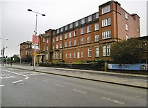 SJ8298 : Salford Royal Hospital by Mike Faherty
