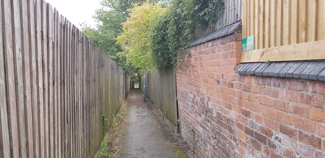 Path off Park Hill Road
