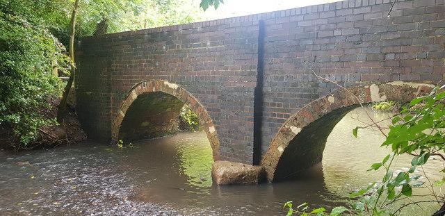 Scribers Lane Footbridge over River Cole