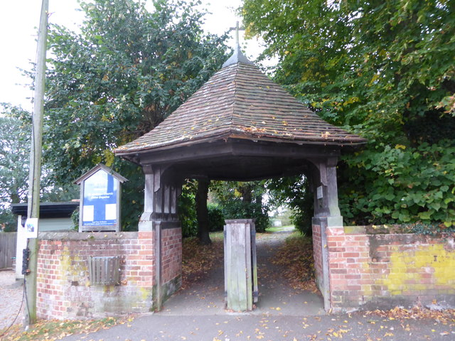 St Andrew, Colne Engaine: lych gate