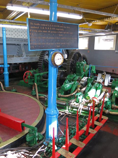 The Swing Bridge - engine room (detail) (6)