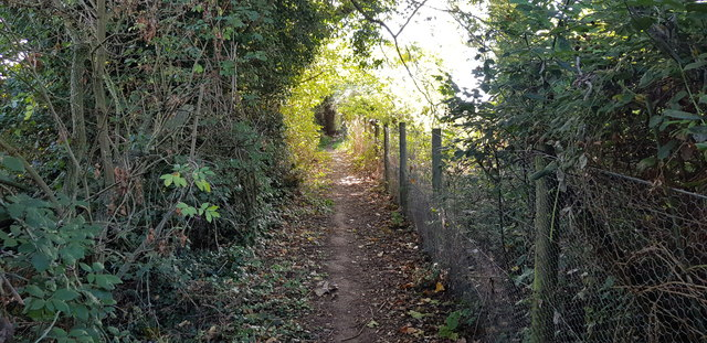 Footpath off Liston Lane