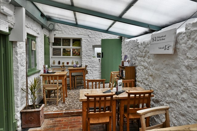 Nether Stowey, Coleridge Cottage: The Tearoom