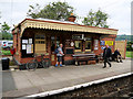 SP0532 : Toddington Station, Waiting Room on Platform 2 by David Dixon