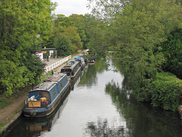 The Grand Union Canal north of the Rockingham Road bridge