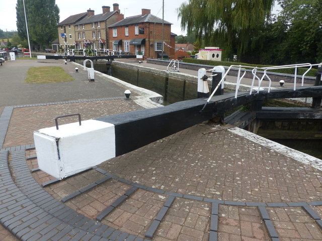 Lock at Stoke Bruerne