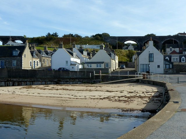 A corner of the harbour, Cullen
